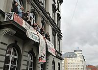 Studentenproteste gegen Zustand und Form des Deutschen Bildungssystems an den Hochschulen und Universitäten. Foto: Norman Rembarz....Norman Rembarz , ( ASV-Autorennummer 41043728 ), Holbeinstr. 14, 04229 Leipzig, Tel.: 01794887569, Hypovereinsbank: BLZ: 86020086, KN: 357889472, St.Nr.: 231/261/06432 - Jegliche kommerzielle Nutzung ist honorar- und mehrwertsteuerpflichtig! Persönlichkeitsrechte sind zu wahren. Es wird keine Haftung übernommen bei Verletzung von Rechten Dritter. Autoren-Nennung gem. §13 UrhGes. wird verlangt. Weitergabe an Dritte nur nach  vorheriger Absprache...GPS:  Länge - E12°22.834' .            Breite - N51°20.467'