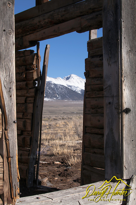 Two Windows, log homestead, Idaho Mountains