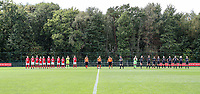 Standard players, referees and the OHL players  pictured during the line up before a female soccer game between Standard Femina de Liege and Oud Heverlee Leuven on the second matchday of the 2020 - 2021 season of Belgian Scooore Women s SuperLeague , saturday 5 th of September 2020  in Angleur , Belgium . PHOTO SPORTPIX.BE | SPP | SEVIL OKTEM