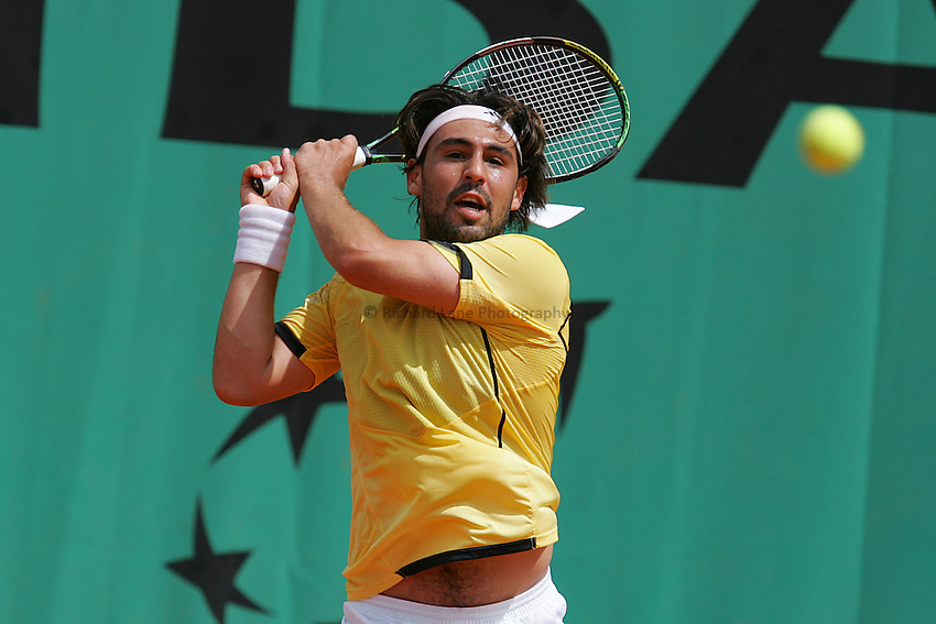 Photo: Iconsport/Richard Lane Photography..French Open, Roland Garros 2007. 31/05/2007..Marcos Baghdatis returns.