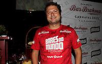 SAO PAULO, SP, 24 DE FEVEREIRO 2012 - CAMAROTE BAR BRAHMA - O jornalista Fabio Neves e visto no Camarote Bar Brahma, na noite do Desfile das Campeas do Carnaval de Sao Paulo, na noite desta sexta, 24 no Sambodromo do Anhembi regiao norte da capital paulista. (FOTO: MILENE CARDOSO - BRAZIL PHOTO PRESS).