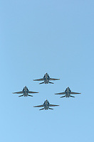The U.S. Navy's blue Angels perform over the San Francisco Bay Sunday October 7, 2007. (Photo by Alan Greth)