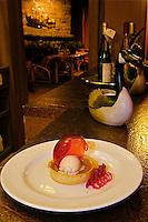 C- Auberge des 3 Canards Restaurant, Charlevoix Quebec CA 7 14
