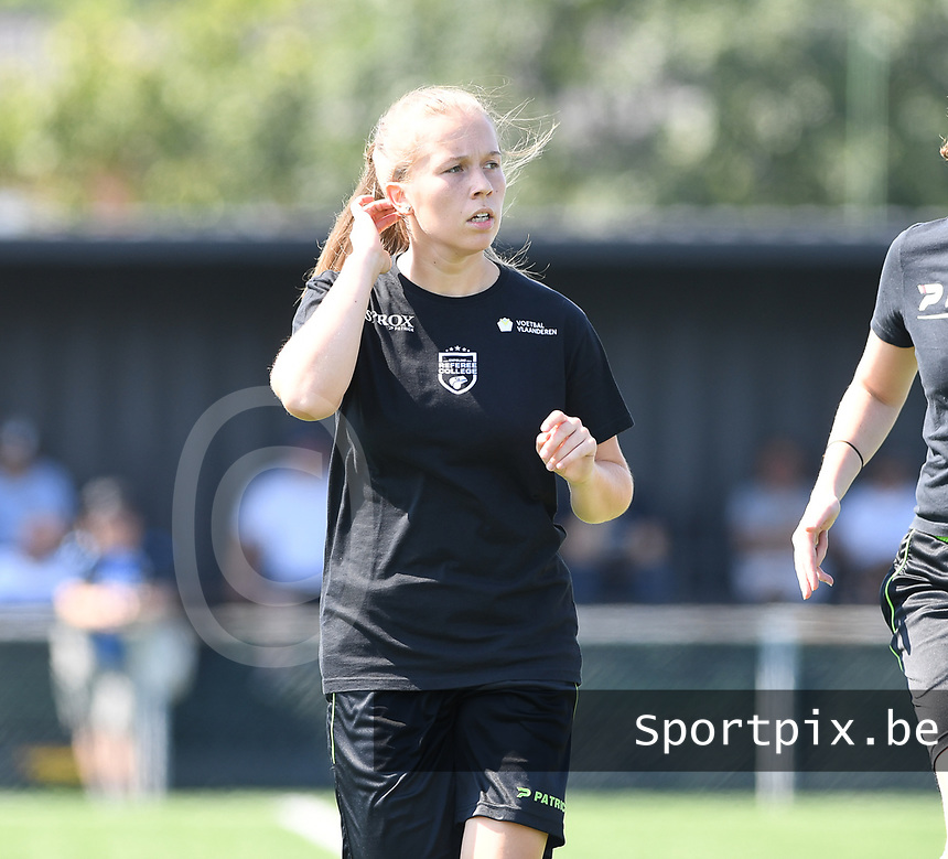 20190824 – BRUGGE, BELGIUM : assistant referee Shauni Depruyst pictured during a women soccer game between Dames Club Brugge and RSC Anderlecht Ladies on the first matchday of the Belgian Superleague season 2019-2020 , the Belgian women's football  top division , saturday 24 th August 2019 at the Jan Breydelstadium – terrain 2  in Brugge  , Belgium  .  PHOTO SPORTPIX.BE | DAVID CATRY