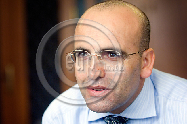 GAZIANTEP - TURKEY - 17 JUL 2007 -- Mehmet SIMSEK, top candidate for the AK Party in the district of Gaziantep is a hot tip for Turkey's next finance minister -- PHOTO: GORM K. GAARE / EUP-IMAGES