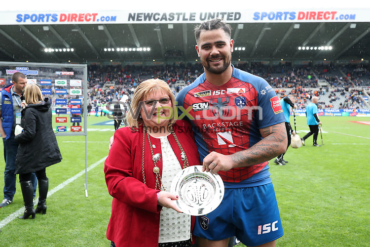 Picture by John Clifton/SWpix.com - 20/05/2017 - Rugby League - Dacia Magic Weekend - Widnes Vikings v Wakefield Trinity - St James' Park, Newcastle, England - <br />David Fifita of Wakefield Trinity