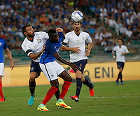 Blaise Matuidi  and Andrea Barzagli  during the  friendly  soccer match,between Italy  and  France   at  the San  Nicola   stadium in Bari Italy , September 01, 2016<br /> <br /> amichevole di calcio tra le nazionali di Italia e Francia