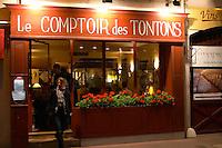 le comptoir des tontons rue fg madeleine beaune cote de beaune burgundy france