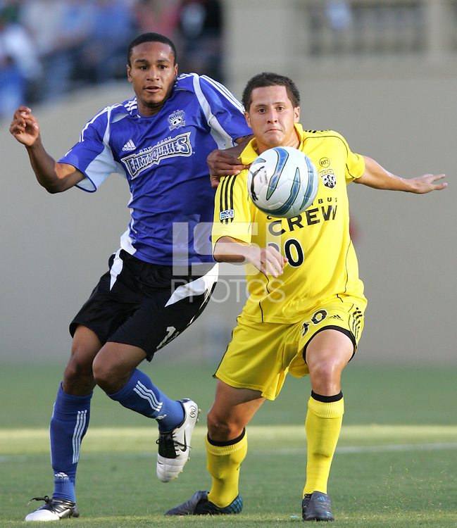 6 August 2005: Ricardo Clark of the Earthquakes fights for the ball against Eric Vasquez of the Crew during the first half of the game at Spartan Stadium in San Jose, California.   Earthquakes is leading Crew, 1-0 at halftime.    Credit: Michael Pimentel / ISI