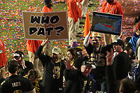 Saints feiern mit ihren Fans die erste Meisterschaft<br /> Super Bowl XLIV: Indianapolis Colts vs. New Orleans Saints *** Local Caption *** Foto ist honorarpflichtig! zzgl. gesetzl. MwSt. Auf Anfrage in hoeherer Qualitaet/Aufloesung. Belegexemplar an: Marc Schueler, Alte Weinstrasse 1, 61352 Bad Homburg, Tel. +49 (0) 151 11 65 49 88, www.gameday-mediaservices.de. Email: marc.schueler@gameday-mediaservices.de, Bankverbindung: Volksbank Bergstrasse, Kto.: 52137306, BLZ: 50890000