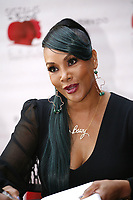 Vivica A Fox book signing 071418