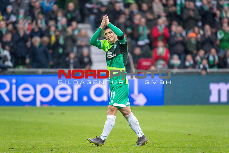 10.02.2019, Weser Stadion, Bremen, GER, 1.FBL, Werder Bremen vs FC Augsburg, <br /> <br /> DFL REGULATIONS PROHIBIT ANY USE OF PHOTOGRAPHS AS IMAGE SEQUENCES AND/OR QUASI-VIDEO.<br /> <br />  im Bild<br /> <br /> Milot Rashica (Werder Bremen #11)<br /> Verletzung / verletzt / Schmerzen<br /> Auswechslung<br /> <br /> Foto &copy; nordphoto / Kokenge