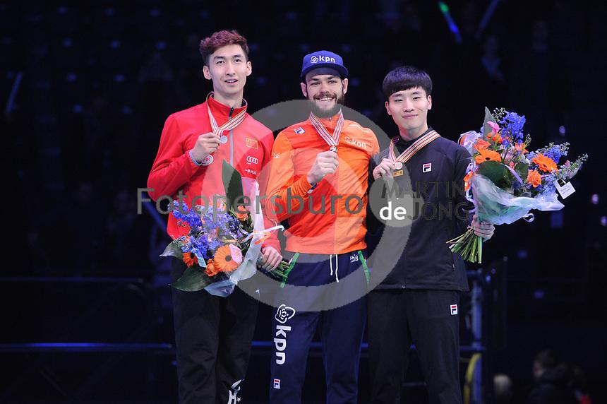 SHORT TRACK: ROTTERDAM: Ahoy, 11-03-2017, KPN ISU World Short Track Championships 2017, Podium 500m Men, Dajing Wu (CHN), Sjinkie Knegt (NED), Yi Ra Seo (KOR), ©photo Martin de Jong