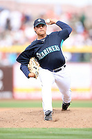 March 8, 2009: Jason vargas (38) of the Seattle Mariners at Peoria Sports Complex in Peoria, AZ.  Photo by: Chris Proctor/Four Seam Images