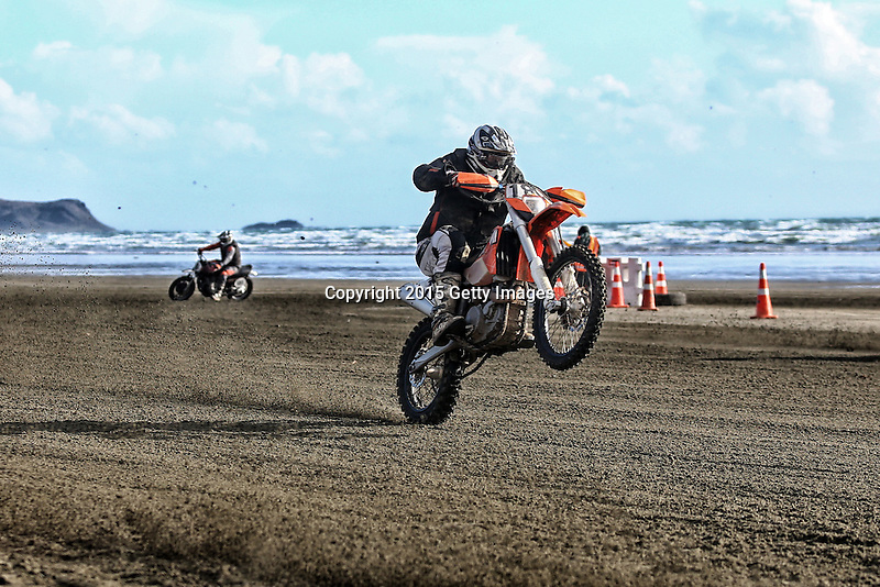 INVERCARGILL, NEW ZEALAND - NOVEMBER 27:  Motorcyclist race in the Indian Motorcycle NZ Beach Racing Champs during the 10th Anniversary of the 2015 Burt Munro Challenge at Oreti Beach on November 27, 2015 in Invercargill, New Zealand.  (Photo by Dianne Manson/Getty Images) *** Local Caption ***