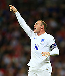 Wayne Rooney of England barks orders - England vs. Slovenia - UEFA Euro 2016 Qualifying - Wembley Stadium - London - 15/11/2014 Pic Philip Oldham/Sportimage
