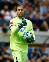 Oliver BAUMANN, goalkeeper 1899 Hoffenheim, Portrait, Portraet, Einzel, hoch, Fussball, 1. Bundesliga  2017/2018<br /> <br /> Foto © SportNAH / A. Huber *** Local Caption *** © pixathlon<br /> Contact: +49-40-22 63 02 60 , info@pixathlon.de