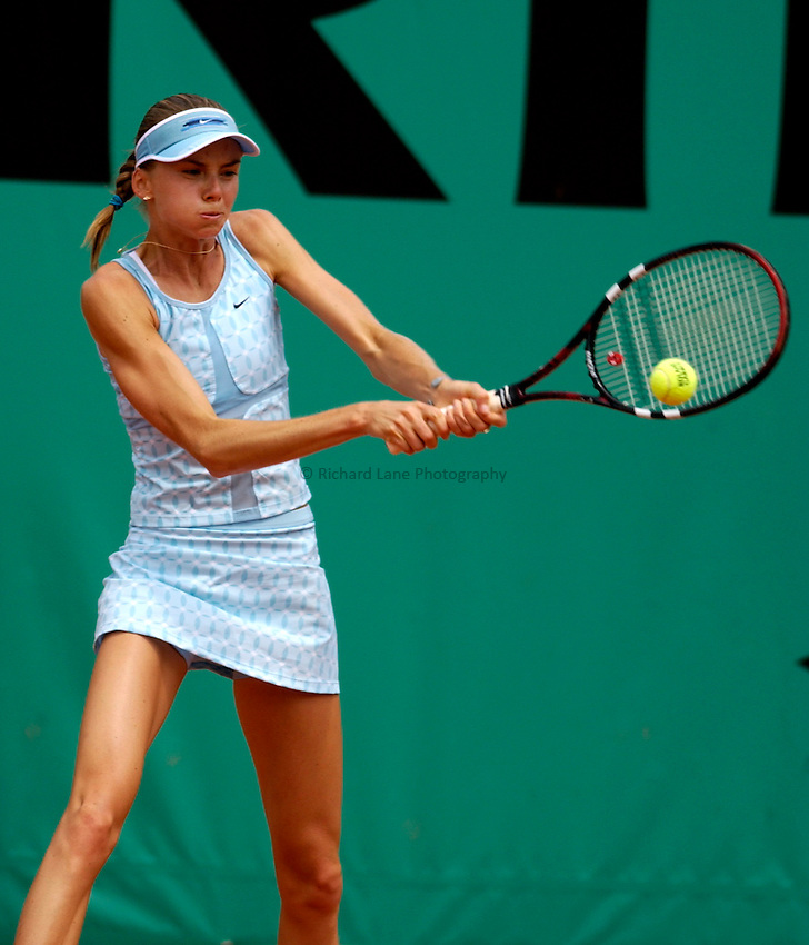 Photo. Jed Wee..French Open Tennis Championships, Roland Garros, Paris, France. 28/05/2003..Daniela Hantuchova.
