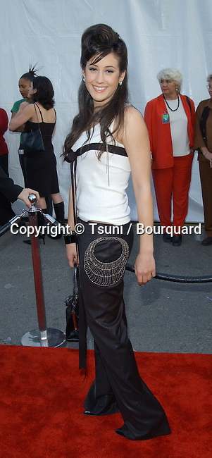 Vanessa Carlton arrives at the 30th Annual AMAs held at the Shrine Auditorium in Los Angeles, CA, January 13, 2003.