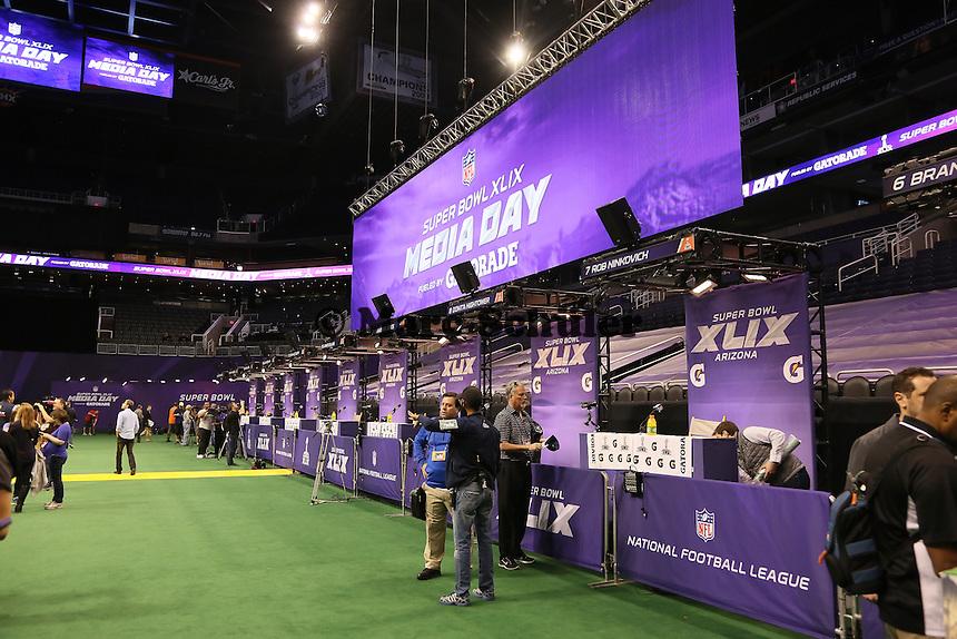 Ruhe vor dem Sturm beim Media Day des Super Bowl XLIX  - Super Bowl XLIX Media Day, US Airways Center, Phoenix