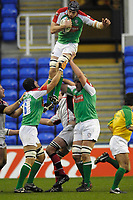 Reading, GREAT BRITAIN, Nick KENNEDY, gathers in the line out ball,during the third round Heineken Cup game, London Irish vs Ulster Rugby, at the Madejski Stadium, Reading ENGLAND, Sa, t 09.12.2006. [Photo Peter Spurrier/Intersport Images]..