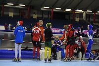 SCHAATSEN: HEERENVEEN: Thialf IJsstadion, 16-03-2013, Deelnemers maken zich klaar voor de start tijdens Vikingrace 2013, ©foto Martin de Jong