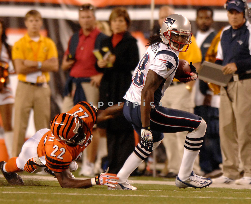 DONTE STALLWORTH,  of the New England Patriots , in action during the Patriots game against the Cincinnati Bengal in Cincinnati, Ohio on October 1, 2007...The Patriots win 34-13.