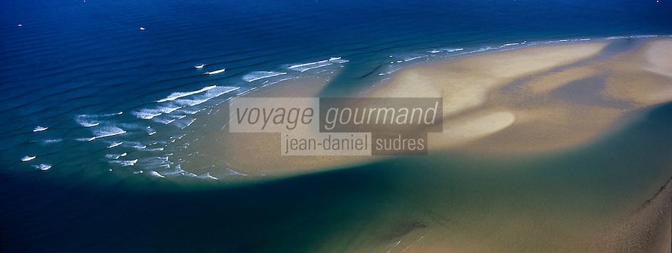 Europe/France/Aquitaine/33/GirondeBassin d'Arcachon: Plage océane de la lagune vue aérienne