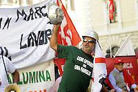 Roma 28 Luglio 2010.Piazza Monte Citorio.Lavoratori dell'Alcoa Sardegna e Sindaci manifestano di fronte al Parlamento ..Workers Alcoa Sardinia and mayors protest before Parliament...
