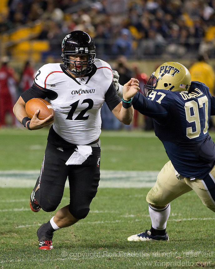 Cincinnati quarterback Zach Collaros. Cincinnati Bearcats defeated the Pitt Panthers 26-23 at Heinz Field in Pittsburgh, Pennsylvania on November 5, 2011.