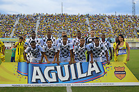 FLORIDABLANCA -COLOMBIA, 24-07-2013.  Jugadores de Boyacá Chicó FC posan para una fotos previo al encuentro con Alianza Patrolera  por la fecha 2 de la Liga Aguila II 2015 disputado en el estadio Daniel Villa Zapata de la ciudad de Barrancabermeja./ Players of Boyaca Chico FC pose to a photo prior a match against Alianza Petrolera for the second date of the Aguila League II 2015 played at Daniel Villa Zapata stadium in Floridablanca city Photo:VizzorImage / Jose Martinez / Cont