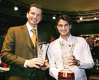 15-02-2005,Rotterdam, ABNAMROWTT ,Intervieuw met Roger Federer
