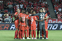 CALI - COLOMBIA, 02-05-2019: Jugadores de América oran previo al partido entre América de Cali y Cúcuta Deportivo por la fecha 19 de la Liga Águila II 2018 jugado en el estadio Pascual Guerrero de la ciudad de Cali. / Players of America pray prior the match for the date 19 as part of Aguila League I 2019 between America Cali and Cucuta Deportivo played at Pascual Guerrero stadium in Cali. Photo: VizzorImage / Gabriel Aponte / Staff