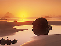 Sunset and fog at low tide. Bandon Beach, Oregon