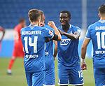 Torjubel des Torschützen Christoph Baumgartner (TSG 1899 Hoffenheim), Jubel und Freude bei Diadie Samassekou (TSG 1899 Hoffenheim)<br /> <br /> Foto: POOLFOTO/Avanti/Ralf Poller/PIX-Sportfotos.<br /> TSG 1899 Hoffenheim-1. FC Koeln.<br /> Sinsheim,  GER, 27.05.2020 , 28. Spieltag , Fussball 1. Bundesliga 2019/2020.<br /> <br /> Sport: Fussball: LIGA: Saison 19/20: TSG 1899 Hoffenheim- 1.FC Koeln, 27.05.2020.<br /> Foto: RALF POLLER/AVANTI/POOL<br /> <br /> Nur für journalistische Zwecke! Only for editorial use! <br /> Gemäß den Vorgaben der DFL Deutsche Fußball Liga ist es untersagt, in dem Stadion und/oder vom Spiel angefertigte Fotoaufnahmen in Form von Sequenzbildern und/oder videoähnlichen Fotostrecken zu verwerten bzw. verwerten zu lassen. DFL regulations prohibit any use of photographs as image sequences and/or quasi-video.