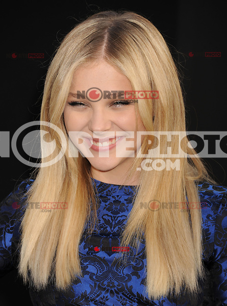 HOLLYWOOD, CA - MAY 07: Chloe Grace Moretz attends the Los Angeles premiere of 'Dark Shadows' at Grauman's Chinese Theatre on May 7, 2012 in Hollywood, California.