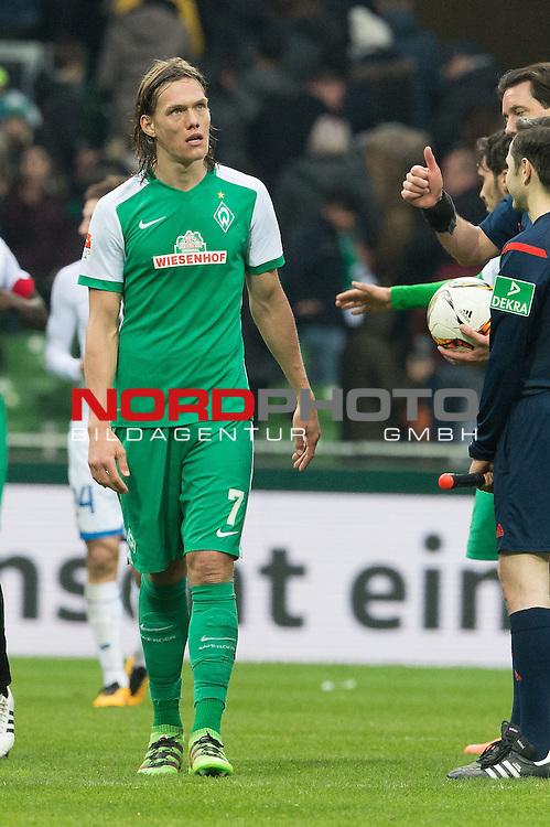 19.03.2016, Weser Stadion, Bremen, GER, 1.FBL. Werder Bremen vs FSV Mainz 05, im Bild<br /> <br /> entt&auml;uscht / enttaeuscht / traurig <br /> Jannik Vestergaard  (Bremen #7)<br /> <br /> <br /> Foto &copy; nordphoto / Kokenge