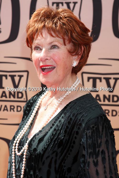 Marion Ross.arrives at the 2010 TV Land Awards.Sony Studios.Culver City, CA.April 17, 2010.©2010 Kathy Hutchins / Hutchins Photo...