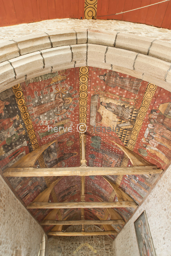 France, Côtes-d'Armor (22), Plougrescant, chapelle de Saint-Gonéry, les plafonds peint de la nef // France, Cotes-d'Armor, Plougrescant, chapel of Saint-Gonery, ceilings painted in the nave