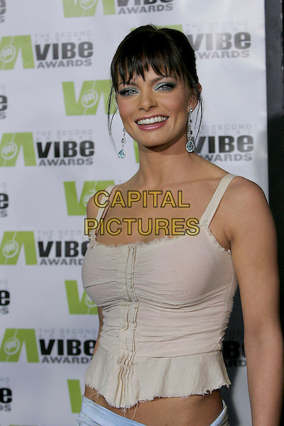 JAMIE PRESSLY.Attends The 2nd Annual Vibe Awards which will be aired on UPN. The event was taped at Barkar Hangar in Santa Monica, California,USA, November 15th 2004..half length.Ref: DVS.www.capitalpictures.com.sales@capitalpictures.com.©Debbie VanStory/Capital Pictures .