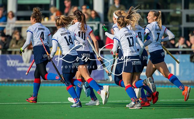 AMSTELVEEN - Yibbi Jansen (SCHC) heeft gescoord   tijdens de competitie hoofdklasse hockeywedstrijd dames, Pinoke-SCHC (1-8) . COPYRIGHT KOEN SUYK