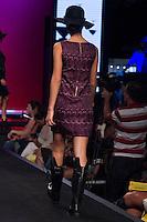 S&Atilde;O PAULO-SP-03.03.2015 - INVERNO 2015/MEGA FASHION WEEK - Grife Banila B/<br /> O Shopping Mega Polo Moda inicia a 18&deg; edi&ccedil;&atilde;o do Mega Fashion Week, (02,03 e 04 de Mar&ccedil;o) com as principais tend&ecirc;ncias do outono/inverno 2015.Com 1400 looks das 300 marcas presentes no shopping de atacado.Br&aacute;z-Regi&atilde;o central da cidade de S&atilde;o Paulo na manh&atilde; dessa segunda-feira,02.(Foto:Kevin David/Brazil Photo Press)