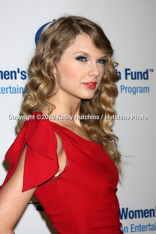 "Taylor Swift.arriving at ""An Unforgetable Evening"" benefiting EIF's Women's Cancer Research Fund 2010.Beverly Wilshire Hotel.Beverly Hills, CA.January 27, 2010.©2010 Kathy Hutchins / Hutchins Photo...."