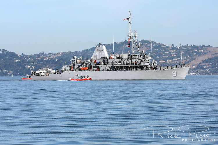 Mine Countermeasure ship USS Pioneer (MCM 9) on San Francisco Bay. The Pioneer was participating the in the Parade Of Ships as part of San Francisco's 2010 Fleet Week activities. The USS Pioneer is the ninth Avenger class Mine Countermeasures Ship, the second ship in the Navy to bear the name, and is currently part of the Naval Reserve Force.