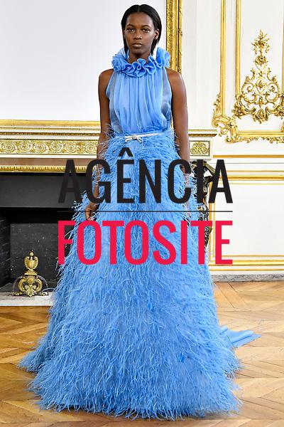 Monique Lhuillier<br /> <br /> Paris - Verao 2018<br /> <br /> <br /> foto: FOTOSITE