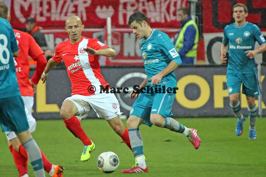 Tranquillo Barnetta (Eintracht) gegen Elkin Soto (Mainz) - 1. FSV Mainz 05 vs. Eintracht Frankfurt, Coface Arena, 12. Spieltag