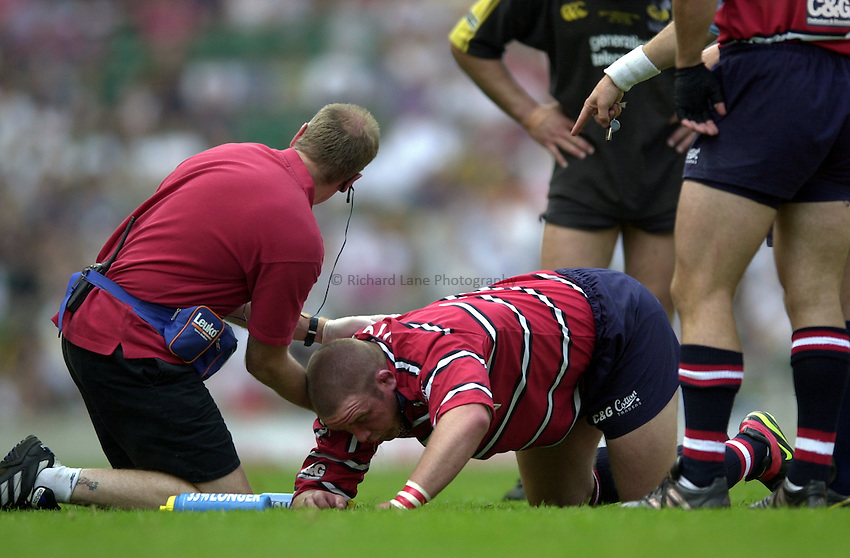 Photo: Richard Lane..Gloucester v London Wasps. Zurich Premiership Final 2003 at Twickenham. 31/05/2003..Phil Vickery gets medical attention.