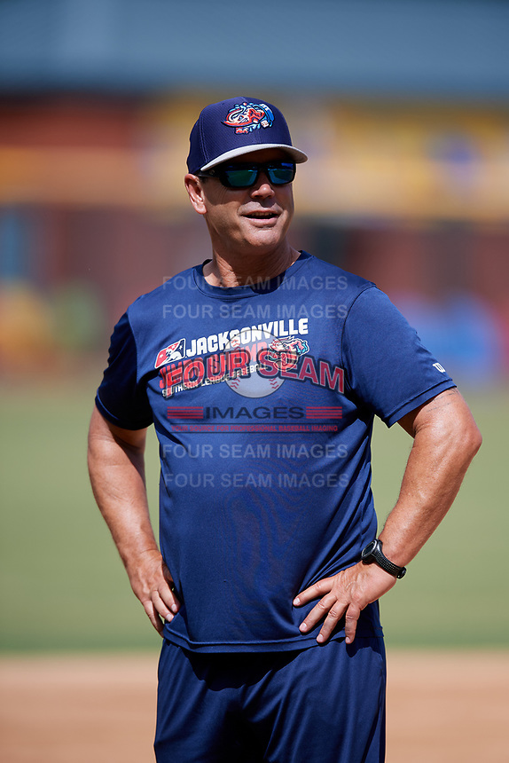 Jacksonville Jumbo Shrimp manager Randy Ready (5) during batting practice before a game against the Mobile BayBears on April 14, 2018 at Baseball Grounds of Jacksonville in Jacksonville, Florida.  Mobile defeated Jacksonville 13-3.  (Mike Janes/Four Seam Images)