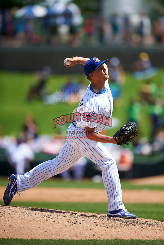 South Bend Cubs relief pitcher Tyler Peitzmeier (8) during the first game of a doubleheader against the Peoria Chiefs on July 25, 2016 at Four Winds Field in South Bend, Indiana.  South Bend defeated Peoria 9-8.  (Mike Janes/Four Seam Images)