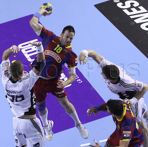 24.04.2011 Velux EHF Champions League, FC Barcelona Borges beat 27 - 25 THW Kiel in quarter-final first round in Barcelona. Picture shows Iker Romero